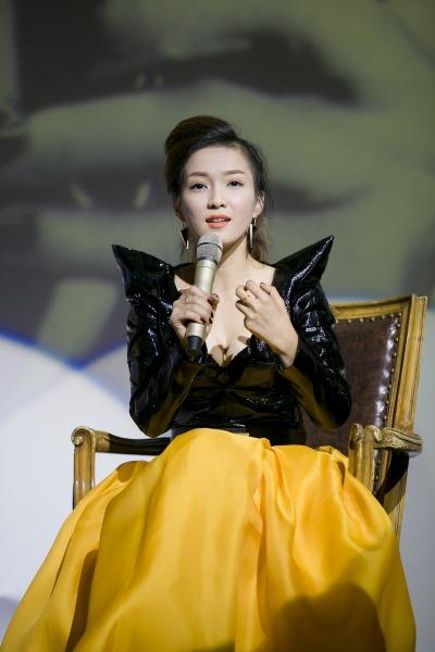 Đinh Hương sở hữu ngoại hình của một ca sĩ giải trí nhưng dòng nhạc Soul cô theo đuổi lại rất kén người nghe.