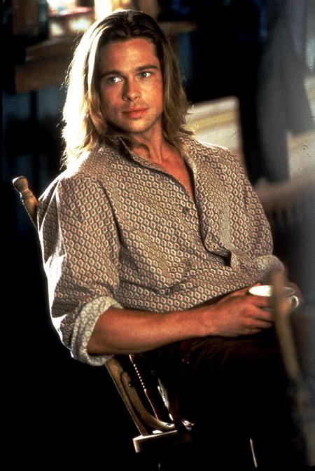 """Vẻ lãng tử của Brad Pitt trong """"Huyền thoại mùa thu"""" từng đốn tim hàng triệu cô gái vào thập niên 1990."""
