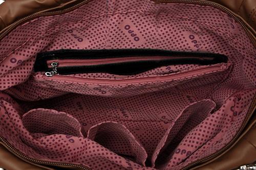 bag-inside-2507-1379566816.jpg