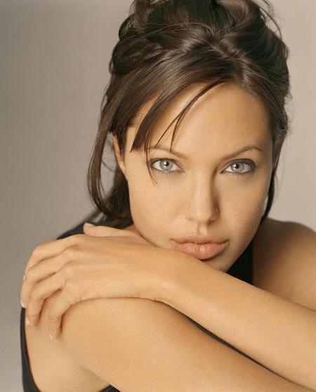 Nữ diễn viên Angelina Jolie.