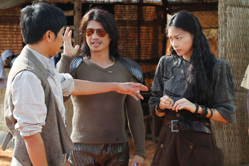Ngo_Thanh_Van_va_Thai_Hoa_tren_phim_truo