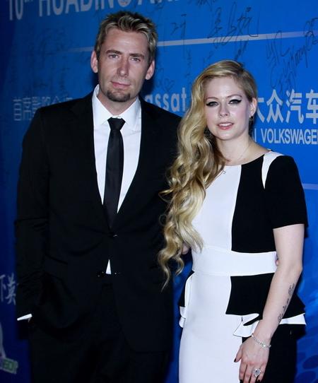 Vợ chồng Avril Lavigne.