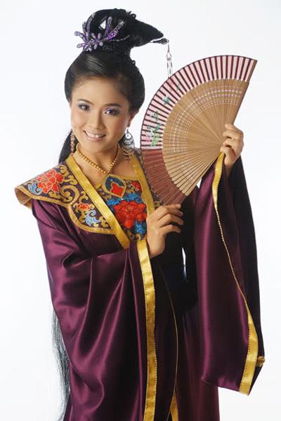 Nghệ sĩ Ưu tú Thanh Ngân có rất nhiều khán giả hâm mộ trong lĩnh vực cải lương.
