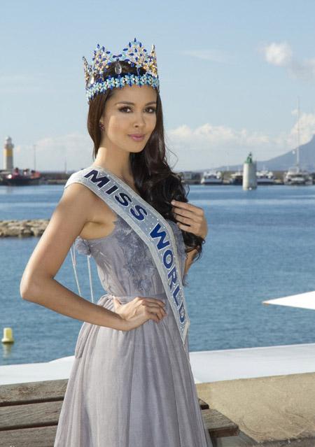 Hoa hậu Thế giới khoe sắc giữa Cannes.