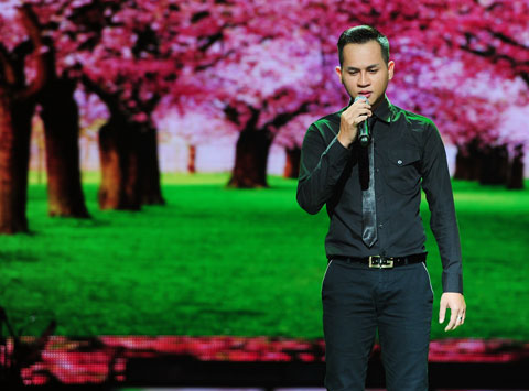 """Hoàng Nhật Minh chọn dòng nhạc sở trường không có gì mới mẻ cùng bài """"Cô gái đến từ hôm qua"""" (xem video)."""