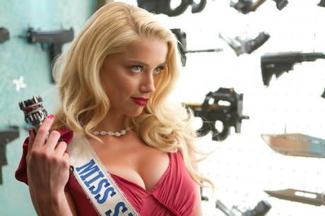 Amber Heard, bạn gái lưỡng tính của Johnny Depp, cũng đóng một vai rất gợi cảm trong phim. Ảnh: A Company.