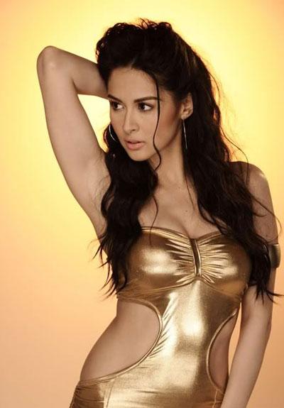 Nữ diễn viên truyền hình yêu thích 2007 (Filipino-American Visionary Awards), Nữ diễn viên truyền hình nổi tiếng nhất (USTV Students' Choice Award), Ngôi sao nữ triển vọng nhất (Box-Office Entertainment Awards); từng tham gia nhiều bộ phim đạt doanh thu hơn 100 triệu peso PH như My Bestfriend's Girl Friend, You To Me Are Everything, Panday 2; ca khúc Sabay Sabay tayo do cô ấy thể hiện đã đứng đầu Top 10 ca khúc mới hay nhất năm 2009 của Philippines&