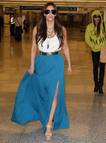 kim-kardashian-airport-maxi-sk-2386-6733
