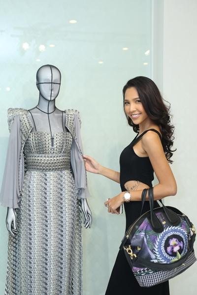 Người mẫu Minh Triệu cũng góp mặt trong show diễn.