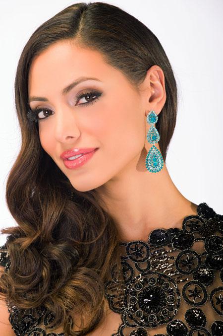 Miss Puerto Rico - Monic Perez.