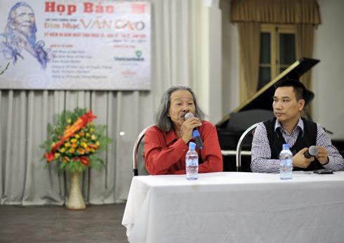 nhà thơ, họa sĩ Văn Thao, trưởng nam của nhạc sĩ Văn Cao chia sẻ về đêm nhạc.