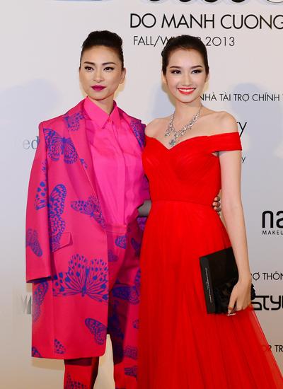 Trúc Diễm rạng rỡ và nữ tính bên Ngô Thanh Vân mạnh mẽ.