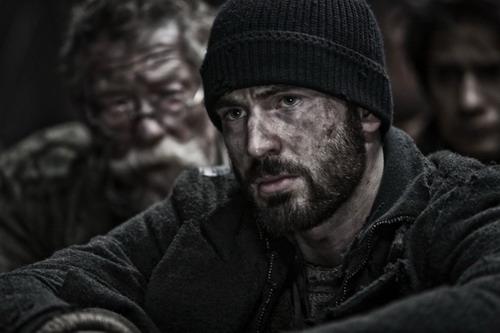 """[REVIEW] phim """"Chuyến Tàu Băng Giá"""": Một xã hội thu nhỏ trên con tàu cuối cùng của ngày tận thế"""