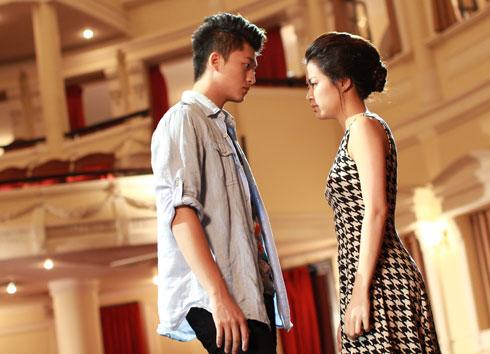 Hoàng Thùy Linh và Harry Lu là đôi đẹp trên màn ảnh.