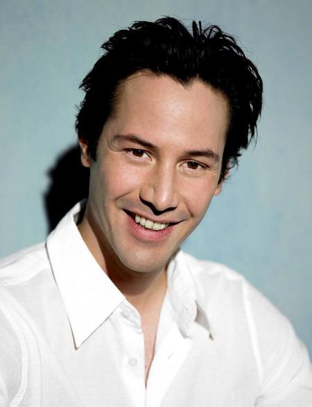 Nụ cười hiếm hoi của Keanu Reeves.