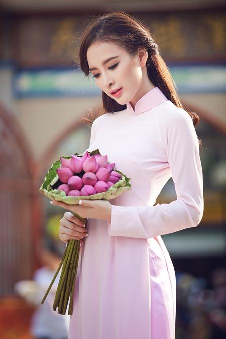 angela-Phuong-trinh-1-JPG-4710-138976248