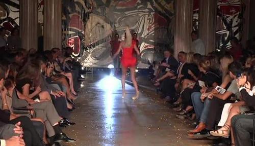 Tai nạn phổ biến nhất đối với người mẫu đến từ những đôi giày cao gót.