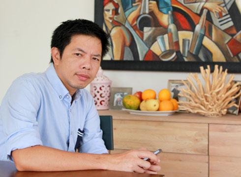 Trong Bếp Của Mẹ , Thái Hòa đóng vai bố Đức, là nhà thiết kế nội thất cho một công ty nội thất lớn