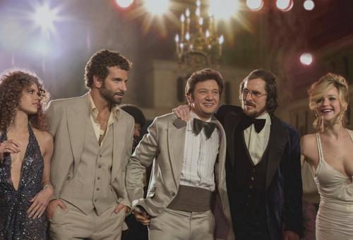 """""""American Hustle"""" được dự đoán sẽ thắng nhiều danh hiệu lớn tại Oscar 2014."""