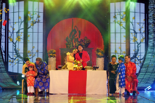 Ca sĩ Đan Trường - Cẩm ly trình bày ca khúc Ước mơ ngọt ngào.