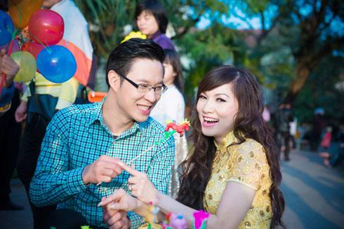 Rất thèm cái Tết Viêt Nam, đặc biệt là Tết Bắc, năm nay, ca sĩ Kavie Trần quyết định về Việt Nam để được hưởng trọn vẹn một mùa Tết tại Việt Nam.