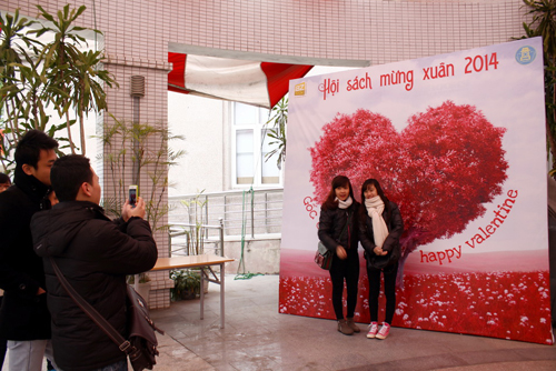 chup-anh-Valentine-9602-1392368954.jpg