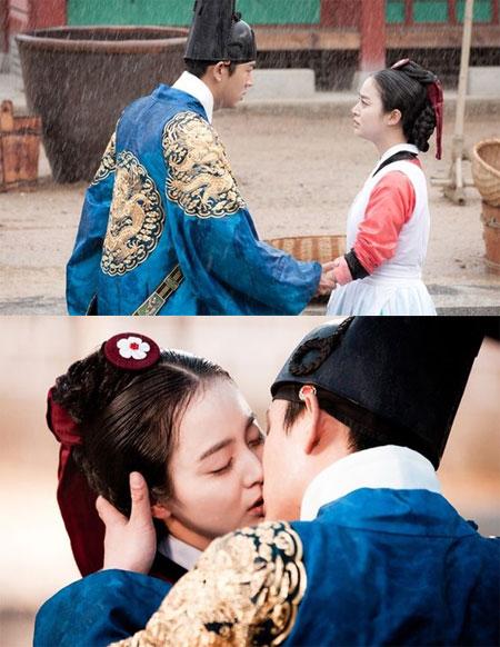 Yoo Ah In hôn Kim Tae Hee dưới mưa nồng nàn trong