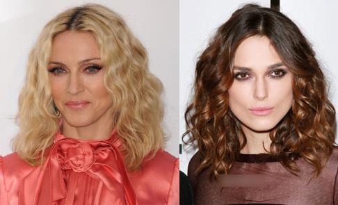 50 tuổi  tóc ngang vai xoăn lọn nhỏ Nữ hoàng nhạc pop Madonna đang chọn một kiểu tóc không thể phù hợp hơn dành cho những người tóc dày và xù. Kiểu tóc dài vừa phải ngang vai, uốn sóng nhỏ tạo nên nét đẹp cổ điển và quan trọng là không quá khó chăm sóc. Chỉ cần cuốn lô đều mỗi ngày và chăm sóc tóc như bình thường, mái tóc vẫn sẽ dễ dàng vào nếp.
