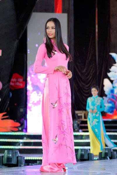 Lễ hội áo dài nhằm tôn vinh giá trị bản sắc văn hóa truyền thống, vẻ đẹp dịu dàng tà áo dài Việt Nam, trang phục truyền thống của người Phụ nữ Việt Nam, bên cạnh đó giới thiệu đến du khách, công chúng hình ảnh chiếc áo dài Việt Nam qua từng thời kỳ theo suốt chiều dài lịch sử của dân tộc.