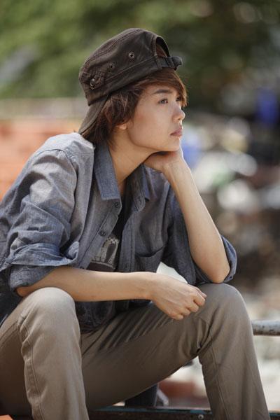 Ngày 17/3, bộ phim truyền hình dài 36 tập của đạo diễn Vũ Ngọc Đãng ra mắt khán giả truyền hình cả nước trên VTV3.