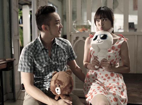 Diễn viên La Quốc Hùng (trái) và Ninh Dương Lan Ngọc nằm trong tuyến nhân vật hài của bộ phim tình cảm này.