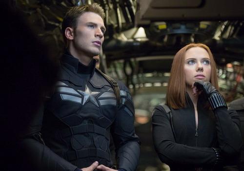 Black Widow đồng hành với Captain America trong phần này. Ảnh: Marvel.