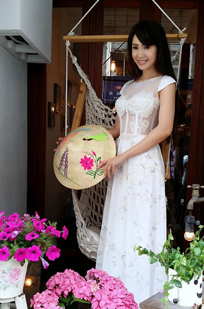 Nữ diễn viên luôn tự hào về nguồn gốc Việt của mình.