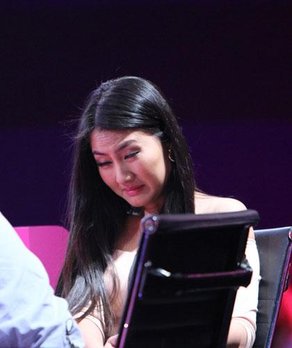 Diễn viên Ngọc Lan thường phải quay mặt đi vì màn trình diễn rùng rợn.