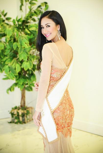 Á hậu 1 cuộc thi, người đẹp Hà Thu