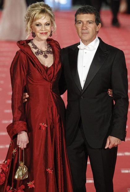 Antonio Banderas bị vợ đệ đơn ly hôn