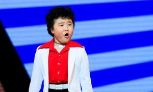 Cậu bé tóc xù Voice Kids nhảy giỏi nhờ mê Michael Jackson