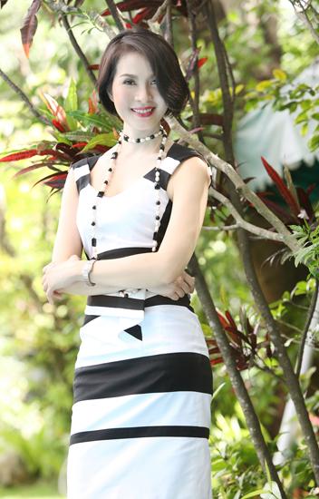 Người đẹp có làn da trắng nõn nà và vóc dáng thanh mảnh. Nhiều người tiếp xúc với Thanh Mai bên ngoài khen chị đẹp hơn cả trong hình ảnh.