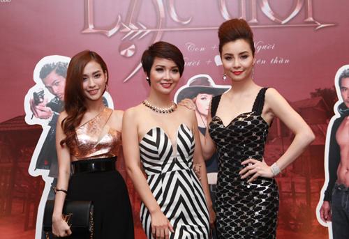 Từ trái qua: Mai Hồ, Mai Thu Huyền và Mai Thu Trang.