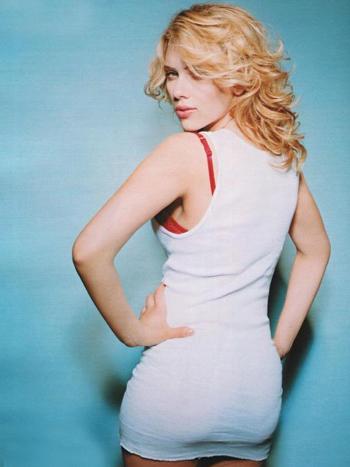 Scarlett-Johansson-6569-1406176667.jpg