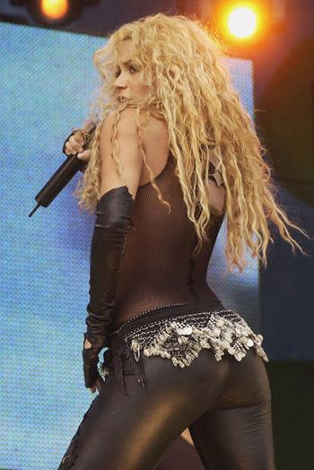 Shakira-4873-1406176667.jpg