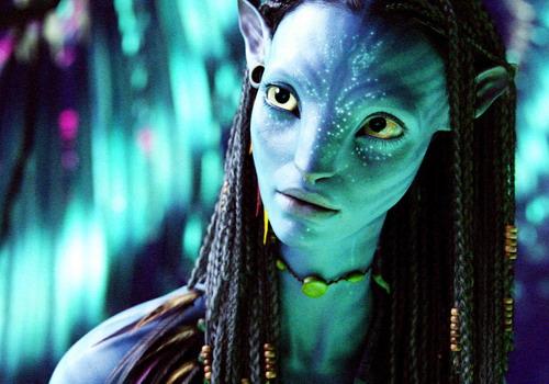"""Vai diễn Neytiri trong siêu bom tấn """"Avatar"""" của đạo diễn James Cameron đem tới bước ngoặt trong sự nghiệp diễn xuất của Zoe Saldana."""