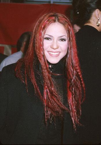 Shakira-1-2005-1409369619.jpg