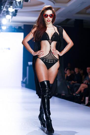 0-Ha-Anh-cung-bikini-1-3711-1411701241.j