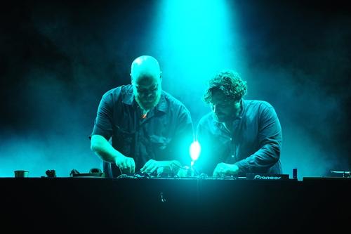 """Một đại diện đến từ Đan Mạch là 2 DJ trong nhóm Lulu Rouge cũng đem đến màn trình diễn Techno sôi động, mạnh mẽ. """"Gió mùa 2014"""" tiếp tục diễn ra trong 3/10 và 4/10, với sự xuất hiện của Thanh Lam và Trần Thu Hà ở mỗi đêm."""