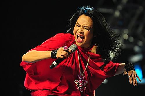 Thanh Lam nồng nàn, thăng hoa trong ca khúc Này chân đất ơi.
