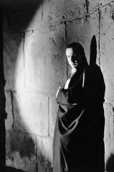 Dracula-1897-1413000566.jpg