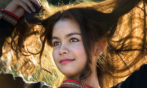 'Thiếu nữ Ê-đê' hút hồn độc giả Cuộc thi Ảnh VnExpress