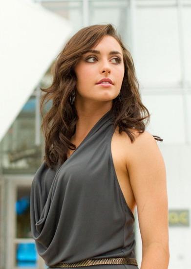 Người đẹp Kathryn McCormick.