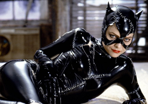 michelle-pfeiffer-as-catwoman-5136-7065-